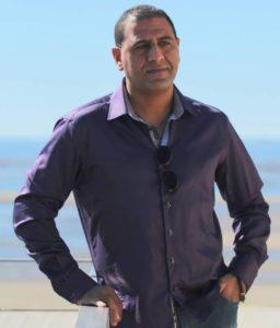 Hicham Karzazi a travaillé de nuit pendnat plusieurs mois en plus de ses études pour pouvoir payer son loyer